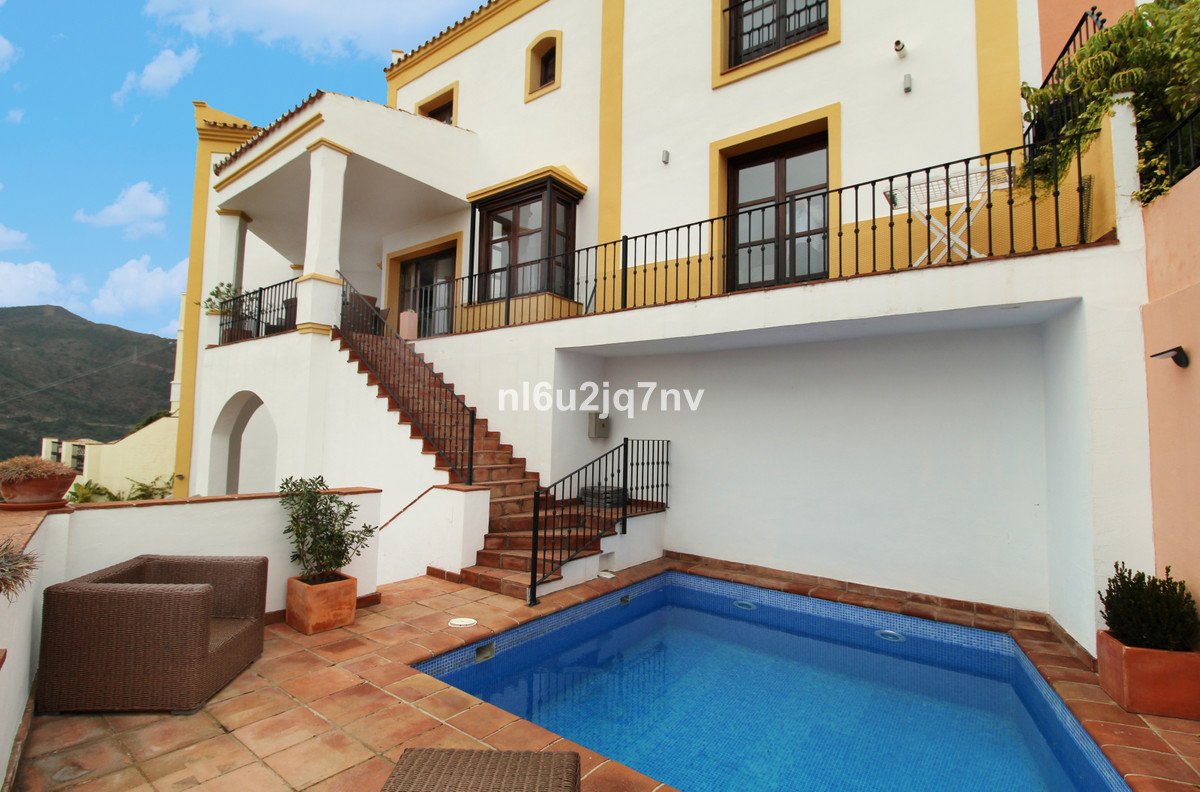 Ref:R3362827 Townhouse - Terraced For Sale in Benahavís