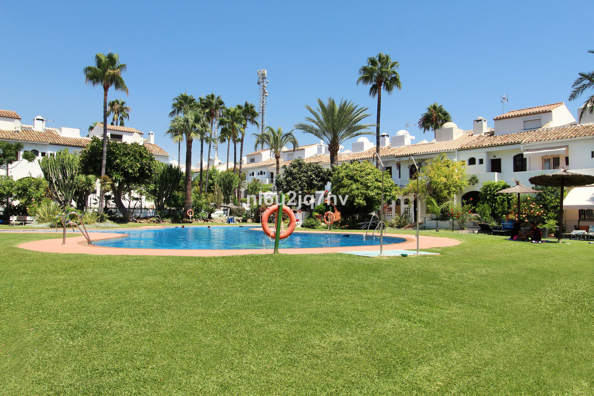Terrific value townhouse in Isdabe, Atalaya Baja. This delightful, bright, south/west facing three b,Spain