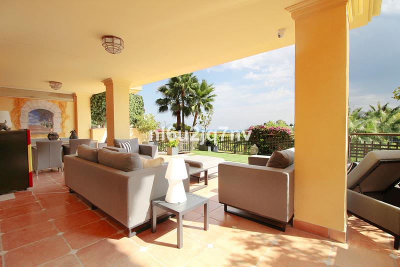 Se vende Apartamento Planta Baja, Sierra Blanca – R3501445