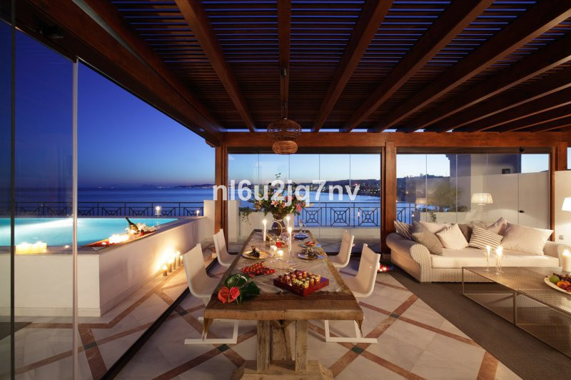 Ref:R2781125 Apartment - Penthouse For Sale in Estepona