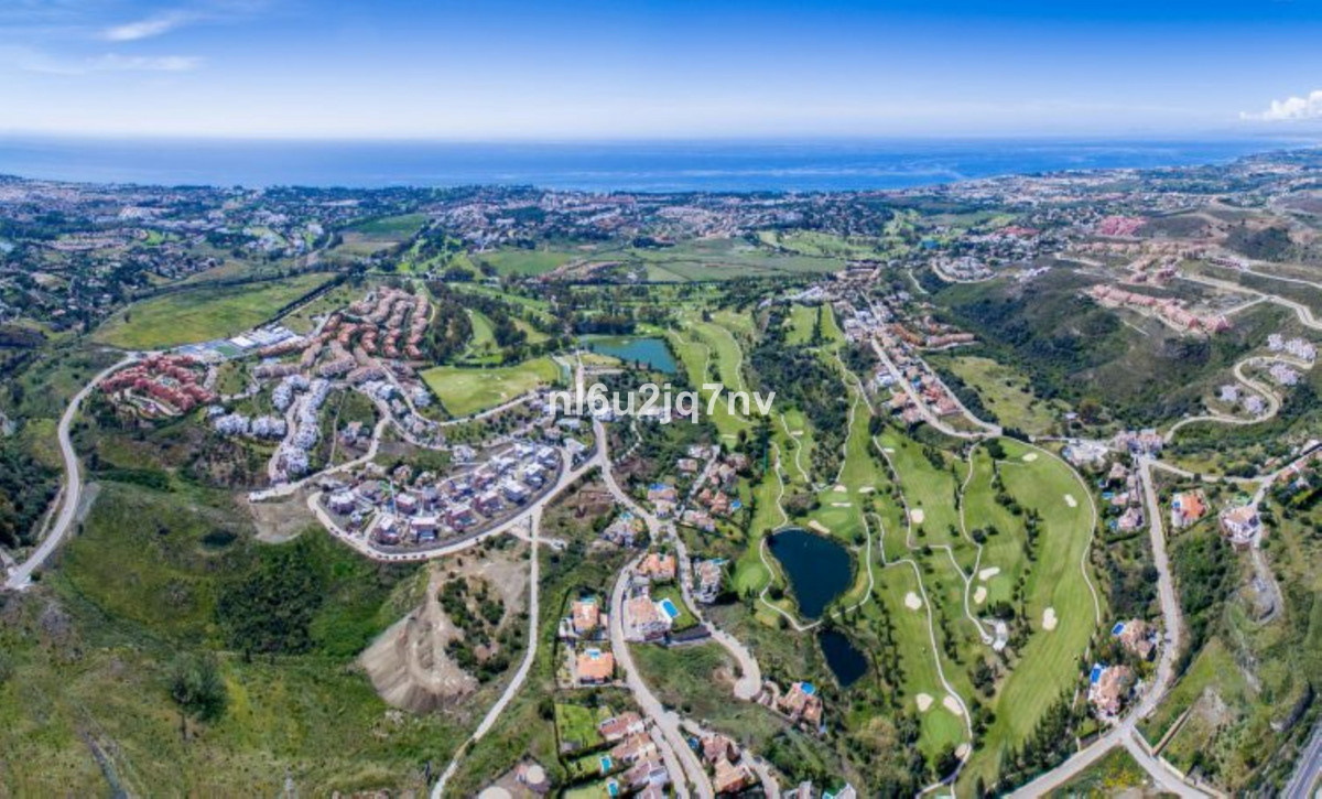 Front line Golf plot with south west views over Atalaya Golf course and situated in Capanes Sur of L, Spain
