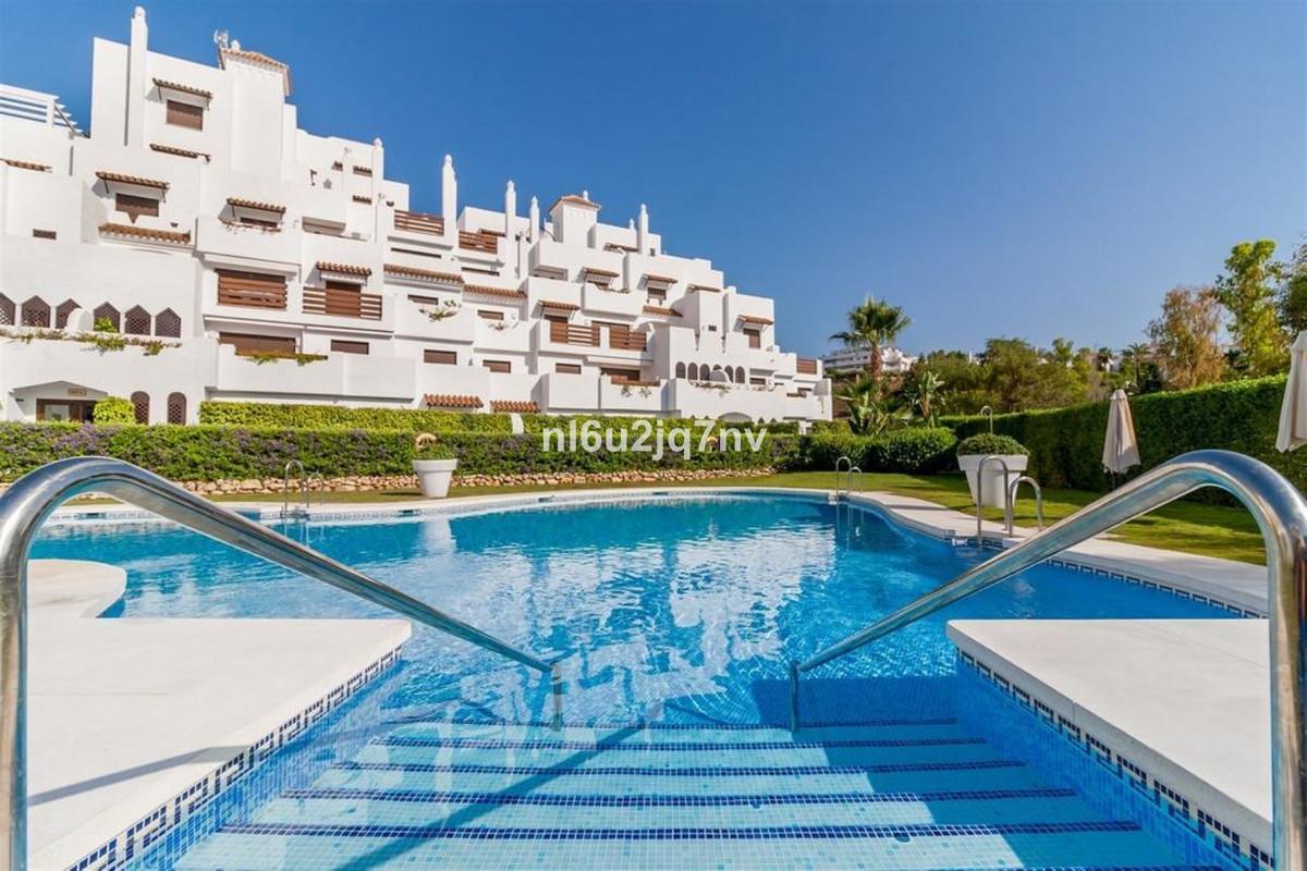 Marbella Banus Apartamento en Venta en Selwo – R3541720