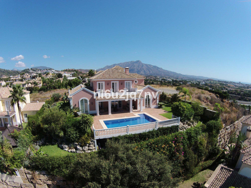 Ref:R2458454 Villa - Detached For Sale in Benahavís