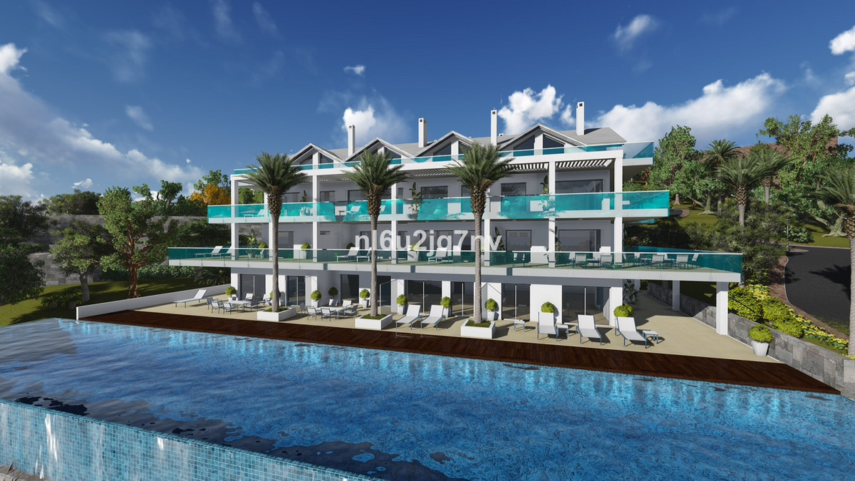 Ref:R2529179 Apartment - Penthouse For Sale in Estepona