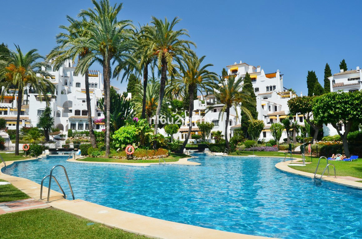 CAN NOT BE VIEWED UNTIL FEBRUARY 2019  Situated within easy walking distance to the beach and Puerto,Spain