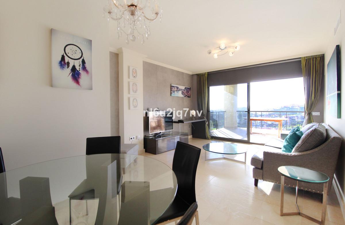 Apartamento Planta Media en Venta en Los Flamingos – R2892128