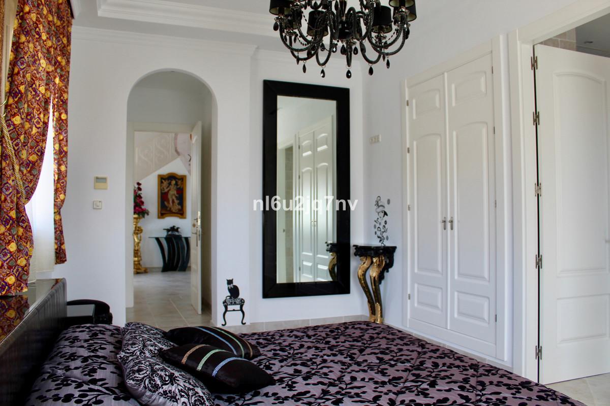 R3471556: Villa - Detached for sale in Los Flamingos