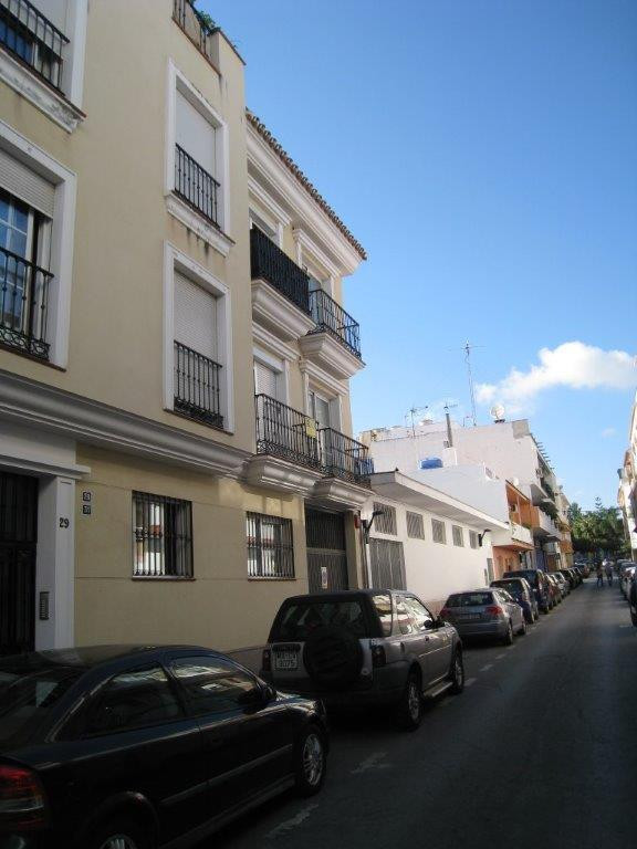 Middle Floor Apartment - Las Lagunas