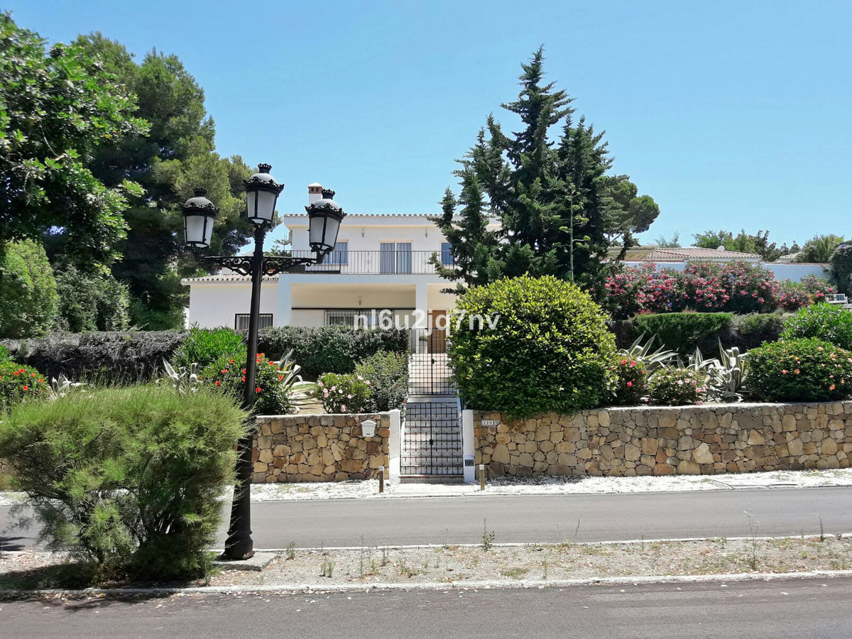 Ref:R2830475 Villa - Detached For Sale in El Paraiso