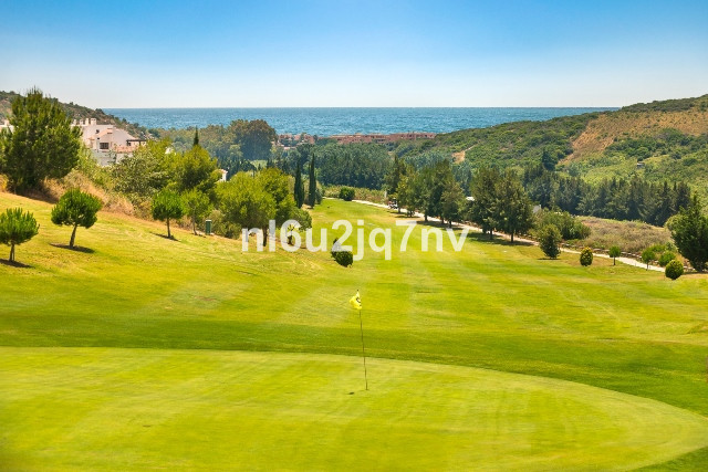 R2768243: Apartment - Middle Floor for sale in Casares