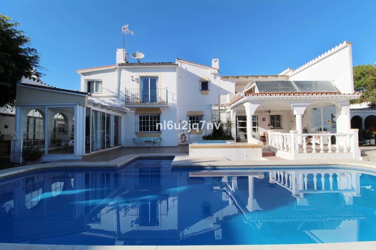 Ref:R3057805 Villa - Detached For Sale in Nueva Andalucía