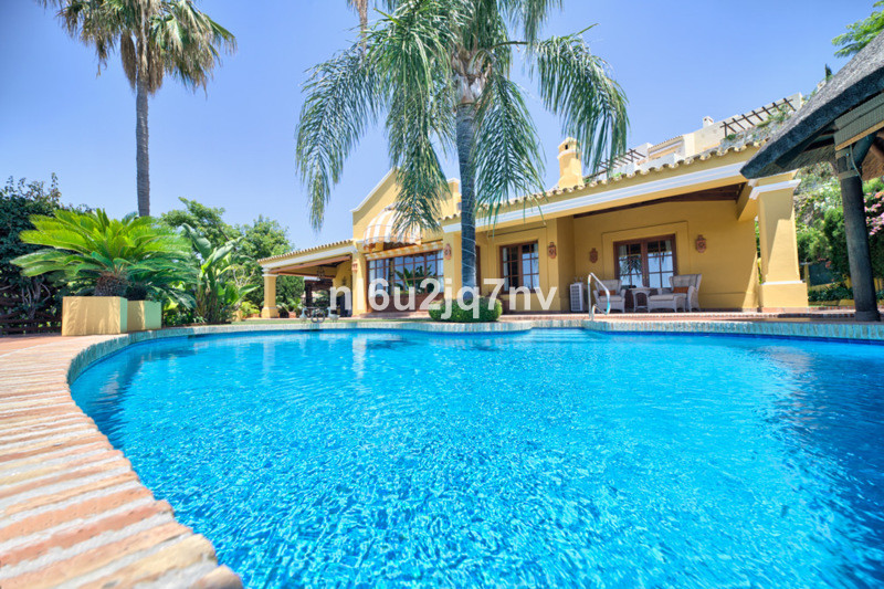 Ref:R2449412 Villa - Detached For Sale in Benahavís