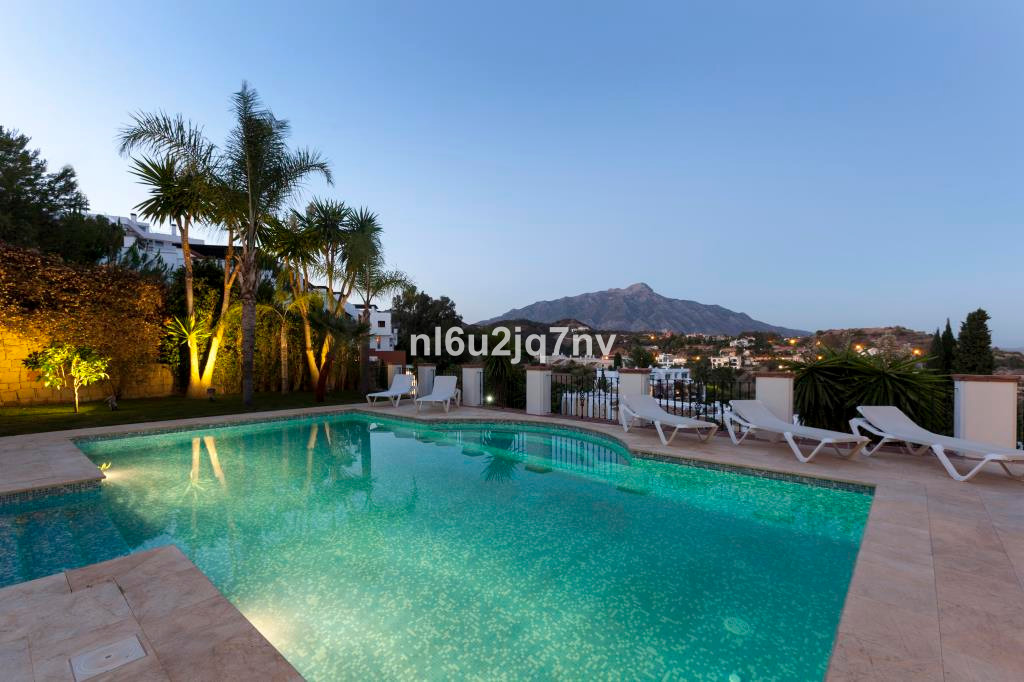 R2442296: Villa - Detached for sale in La Quinta