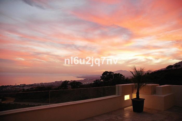 Ref:R2740232 Apartment - Penthouse For Sale in Altos de los Monteros