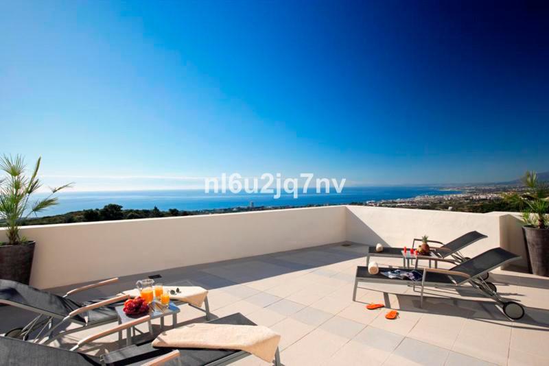 Ref:R2482511 Apartment - Ground Floor For Sale in Altos de los Monteros