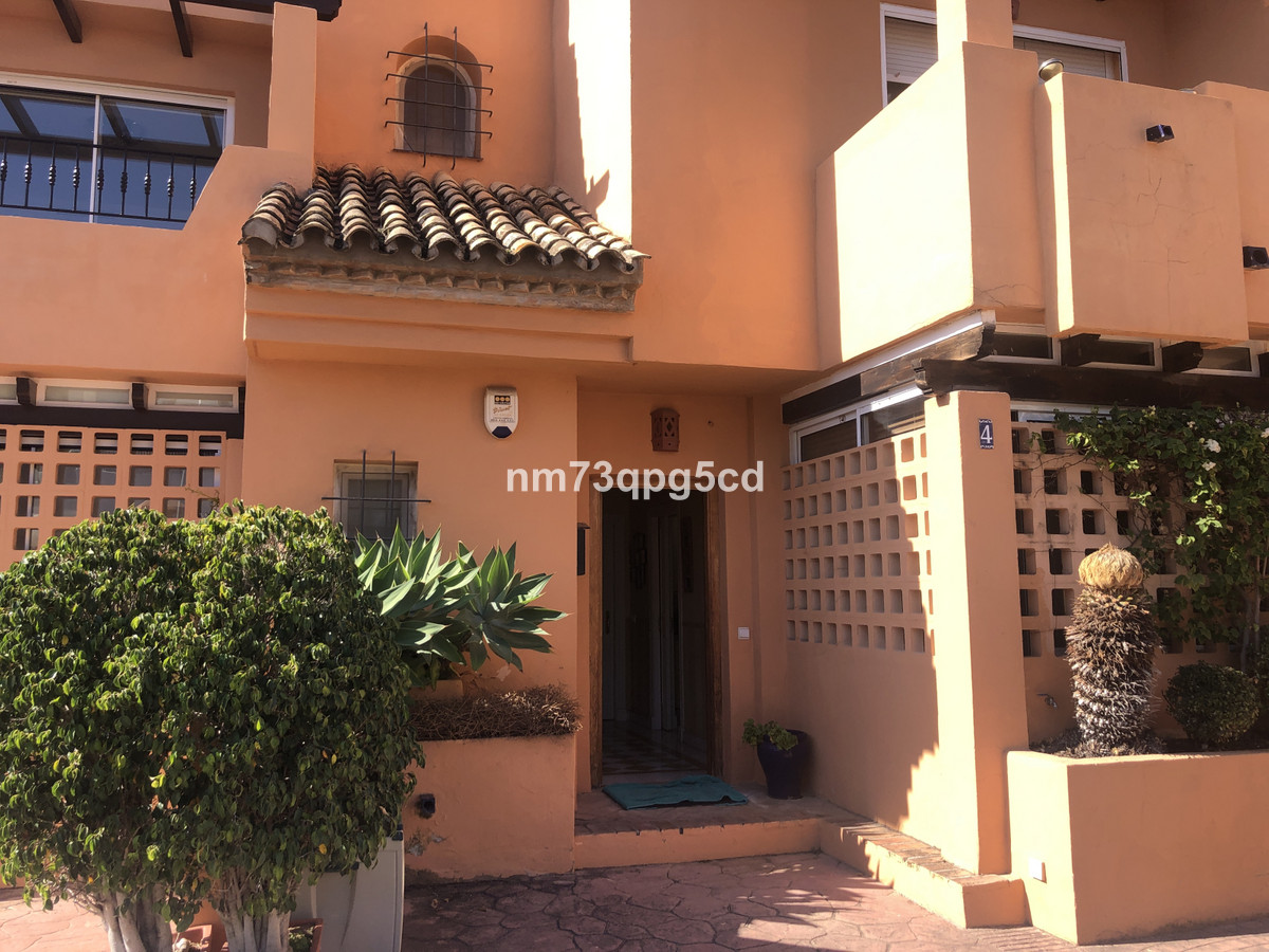 Ref:R3741283 Townhouse - Terraced For Sale in The Golden Mile