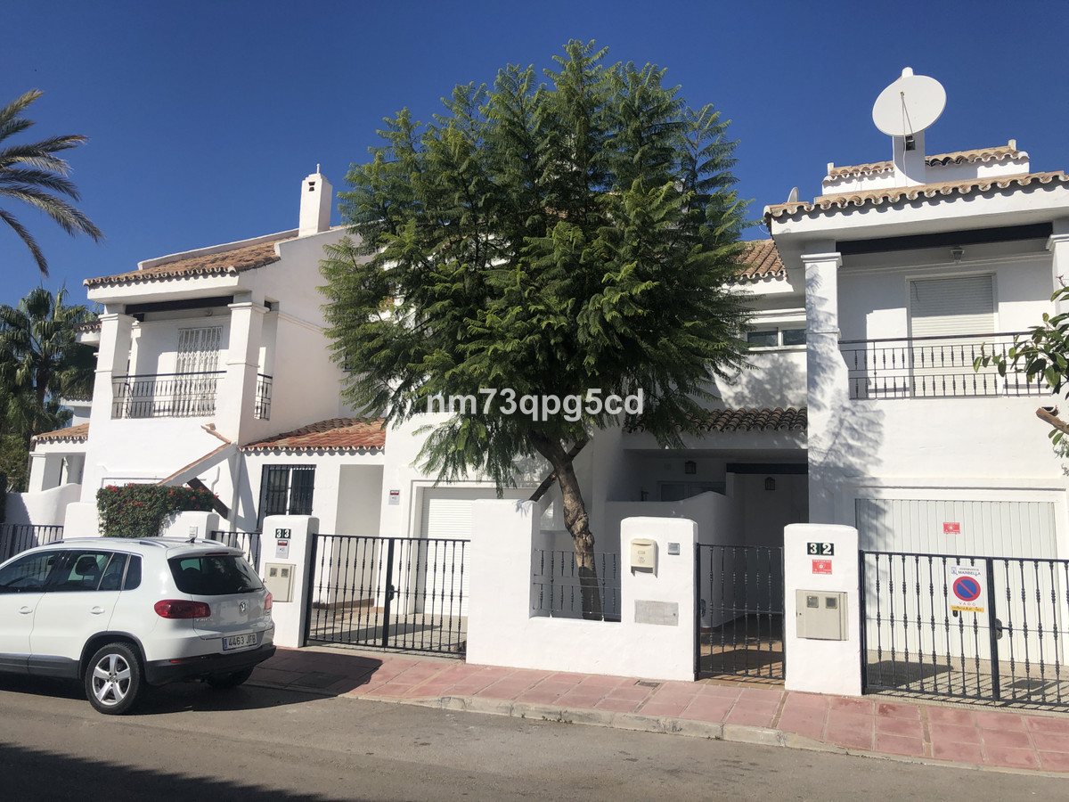Ref:R3535600 Townhouse - Terraced For Sale in Nueva Andalucía