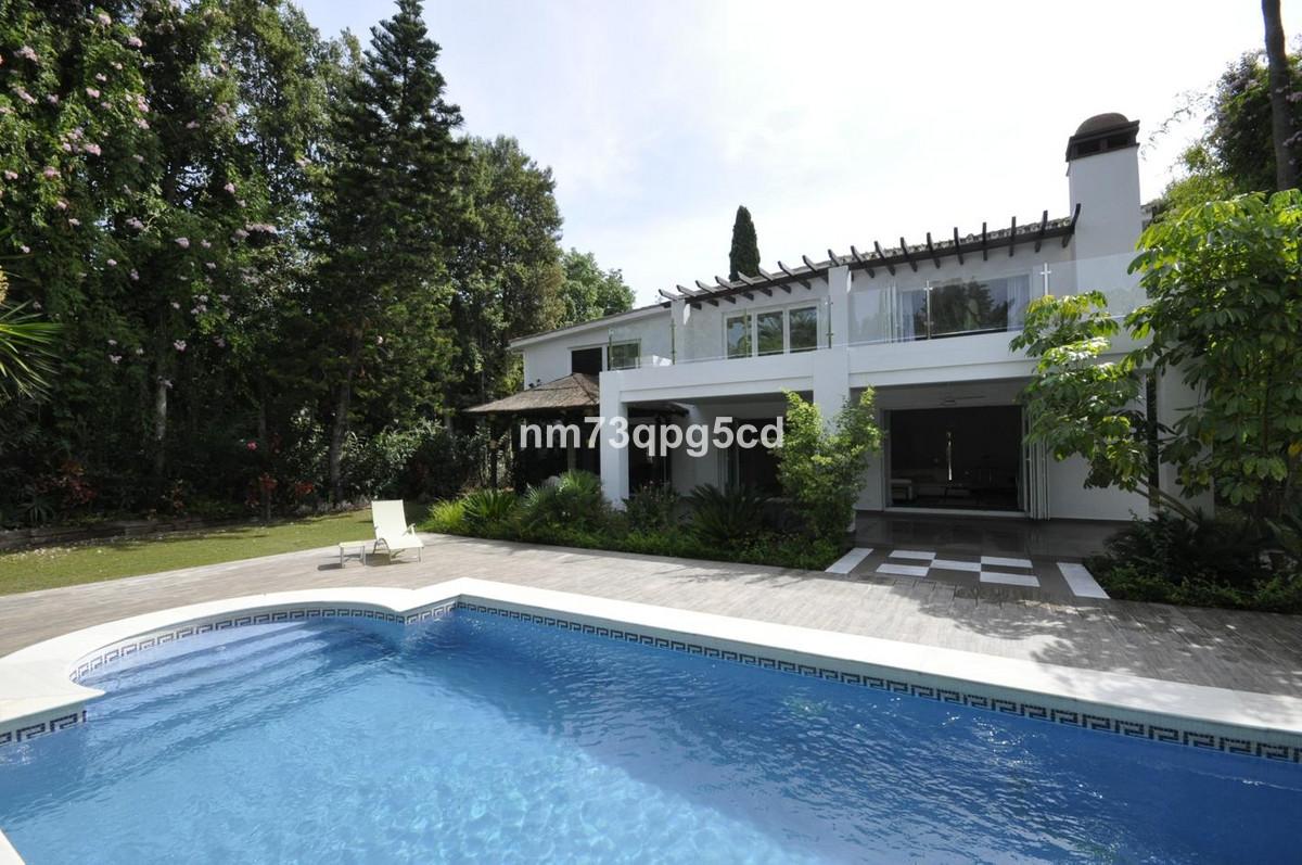 Ref:R3522502 Villa - Detached For Sale in Nueva Andalucía