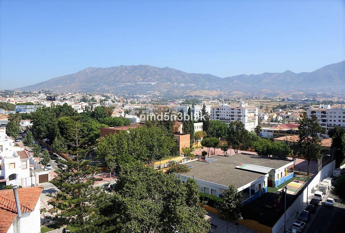 3 bedroom apartment in Fuengirola within walking distance from the train station, the bus station an,Spain