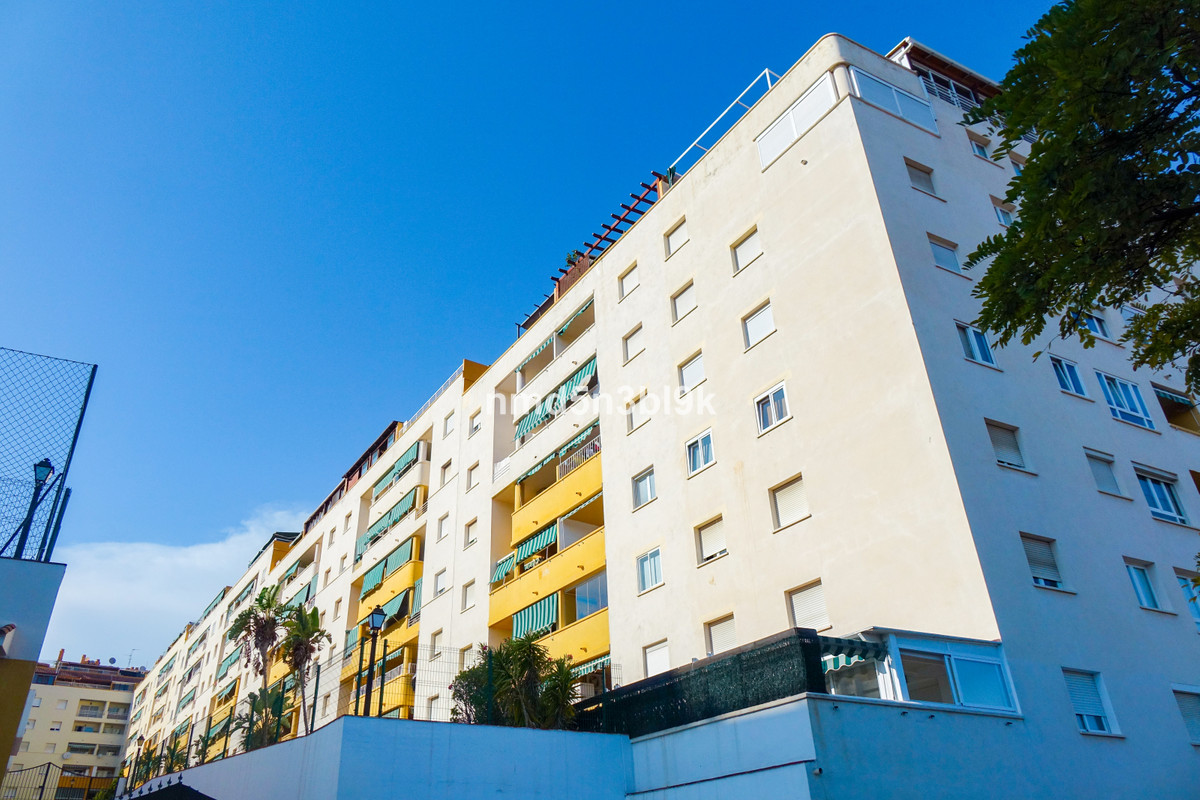 Middle Floor Apartment for sale in Marbella
