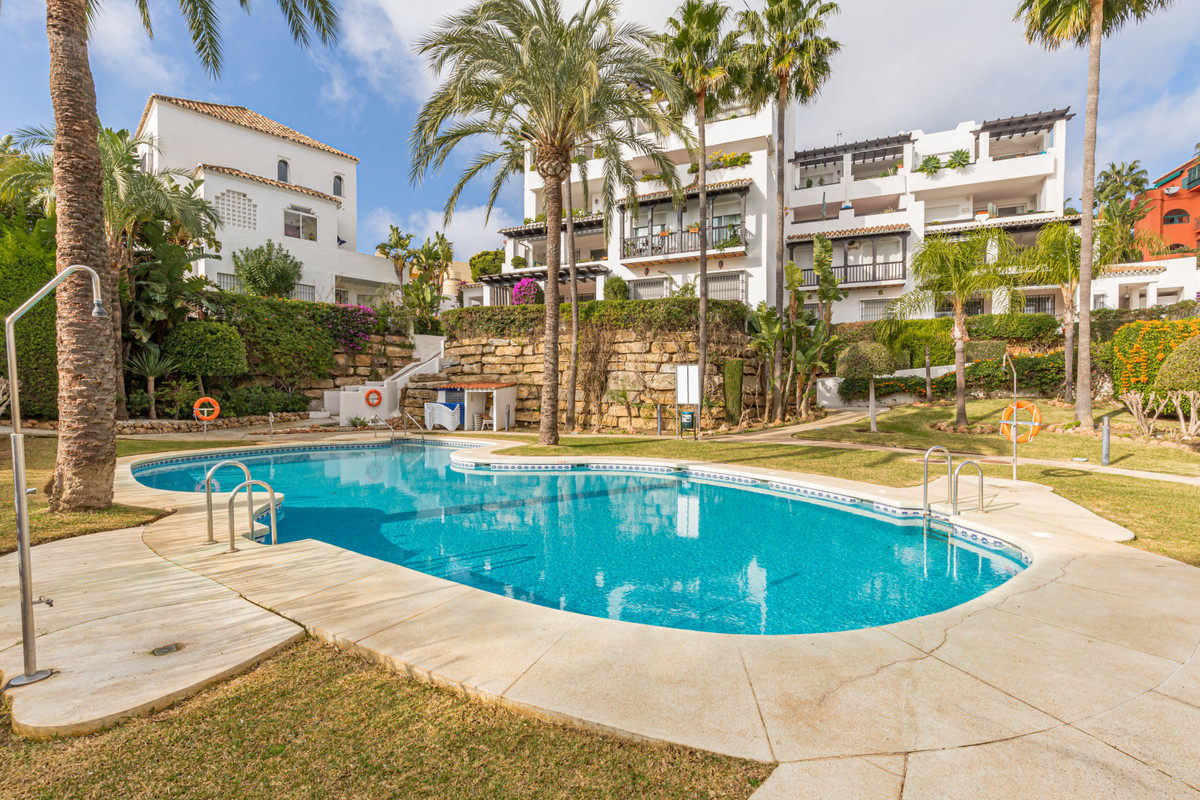 Lovely apartment in a small community with sea views  Lovely and bright apartment with two bedrooms , Spain