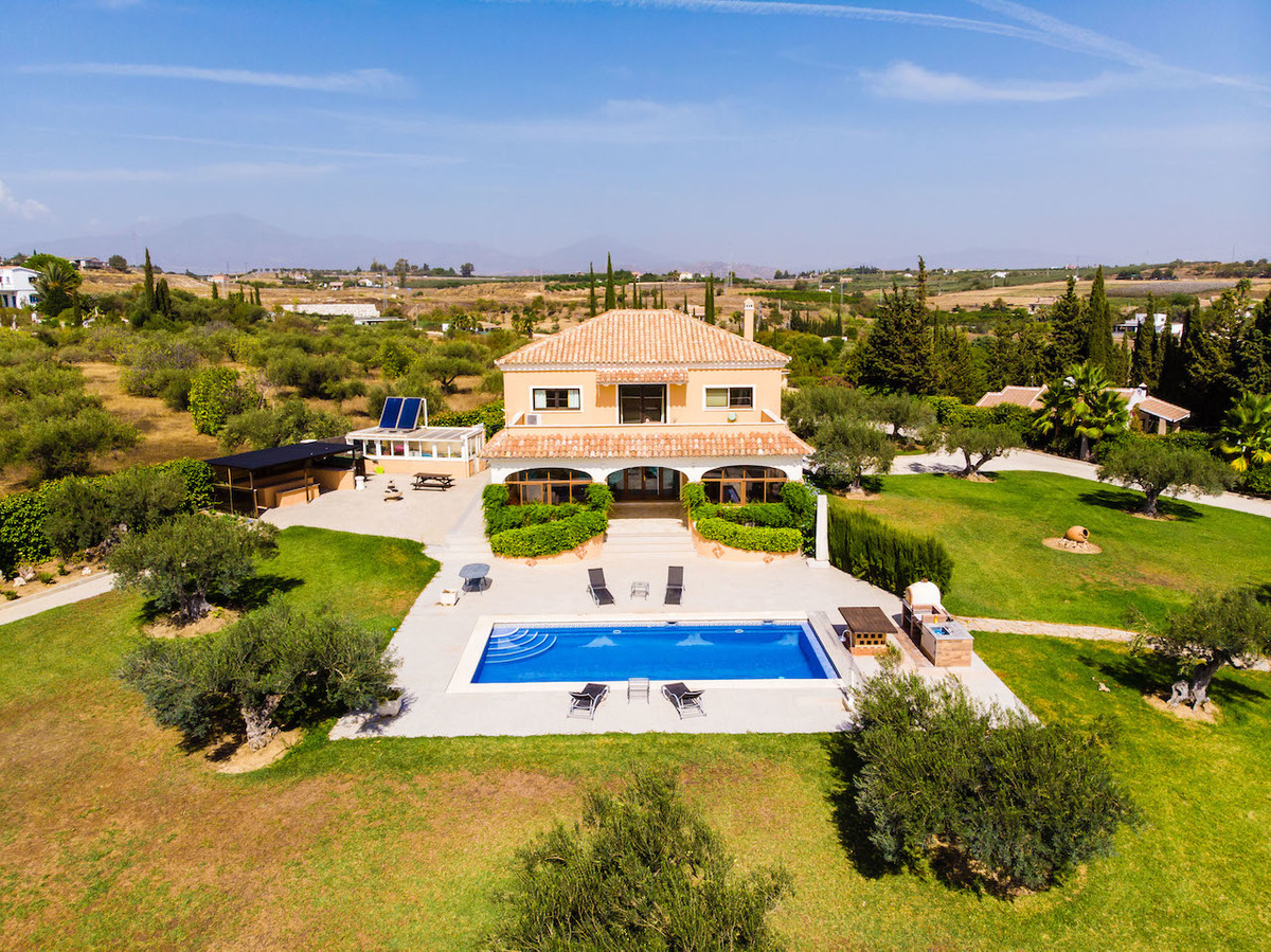Great country property for horse lovers  Fantastic opportunity to purchase a horse property. It offe,Spain