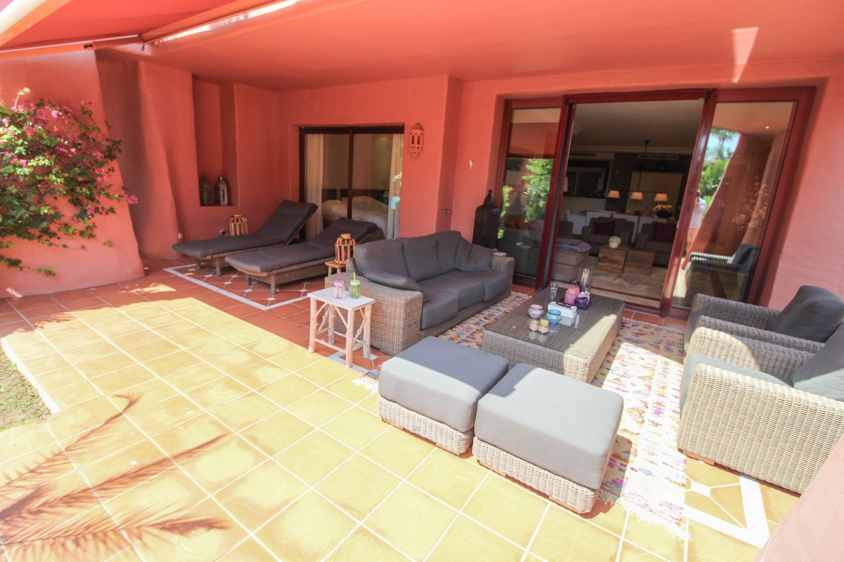 Luxury apartment in frontline beach complex  Luxury ground floor apartment in one of the most presti,Spain