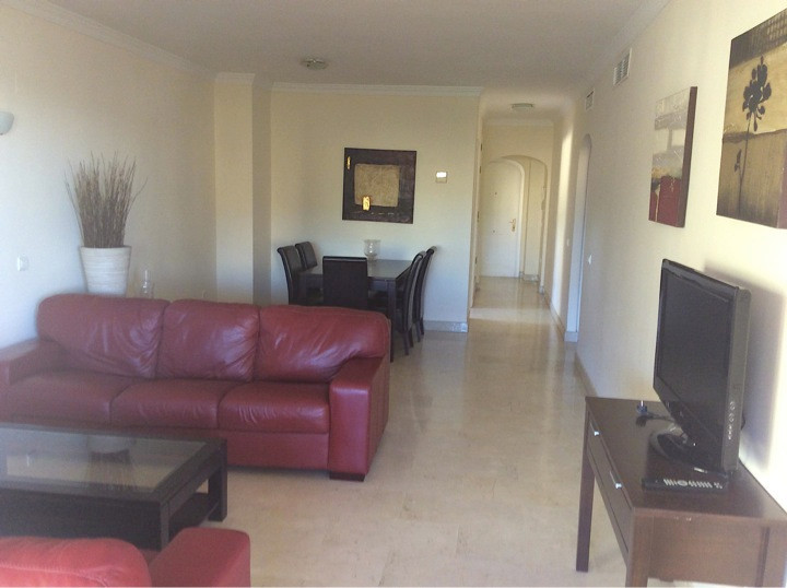 RESERVED!  Corner apartment with 3 bedrooms and 3 bathrooms in Elviria. The apartment has a fully fi,Spain