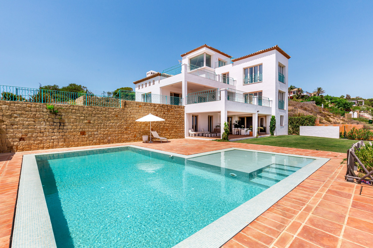 A spectacular villa designed in a classical style including 3 floors with magnificent panoramic view, Spain