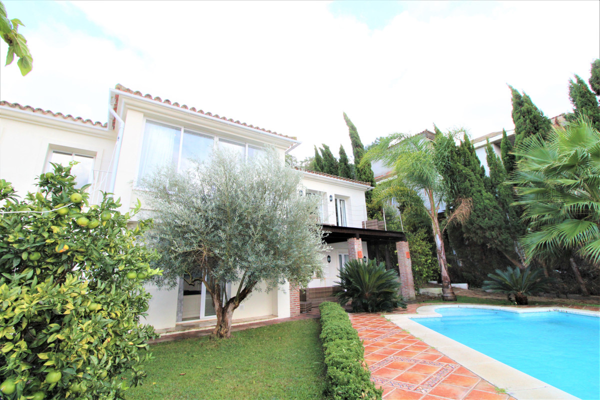 Three bedroom villa with a separate one bed house in a cul-de-sac in the 'F' zone of Sotogrande,Spain