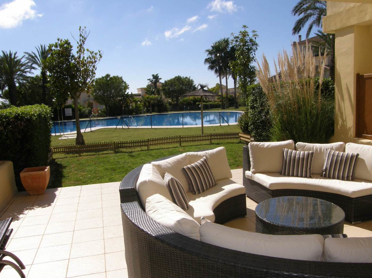 Beautifully decorated ground floor apartment in the sought after San Roque Club. This 3 bedroom apar,Spain