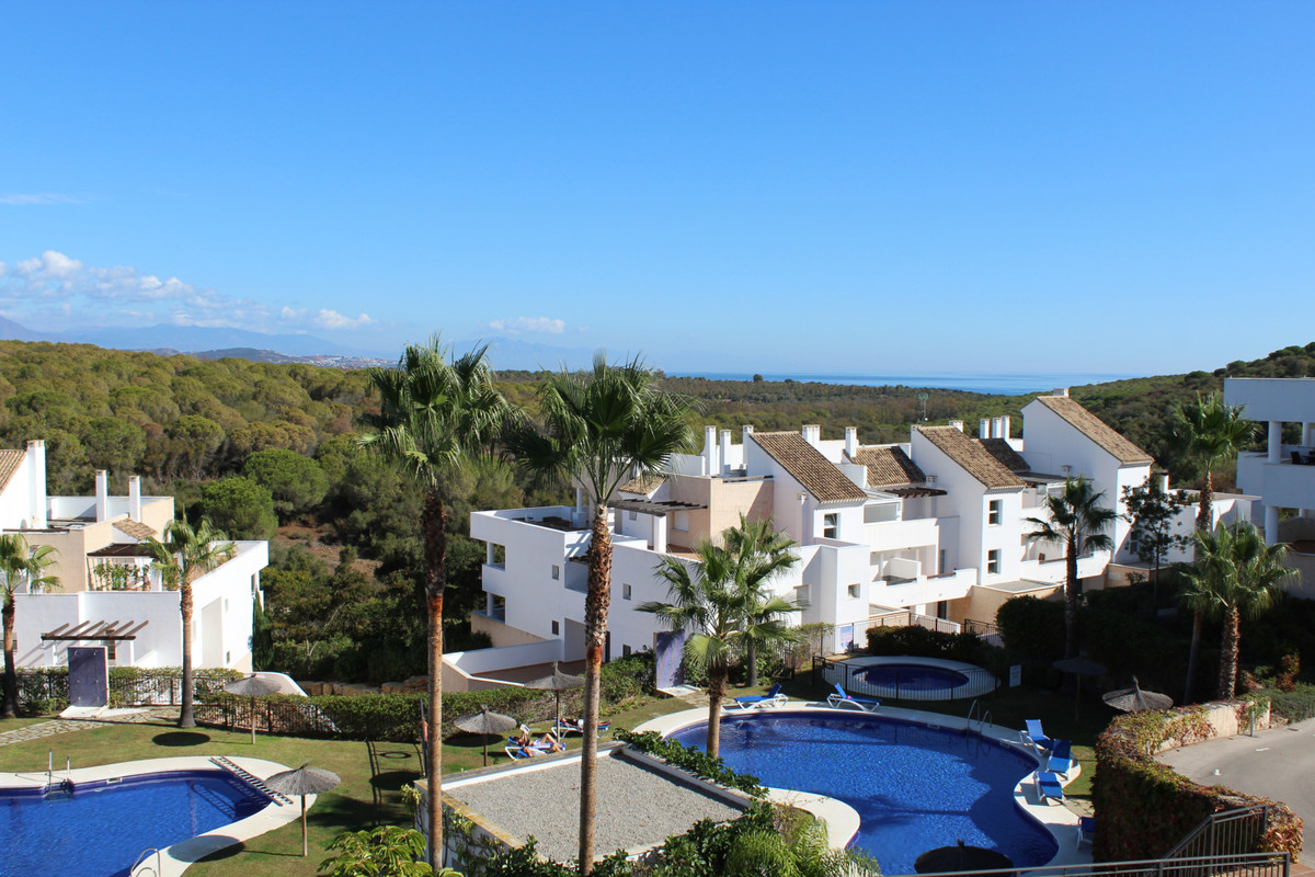Middle Floor Apartment in La Alcaidesa