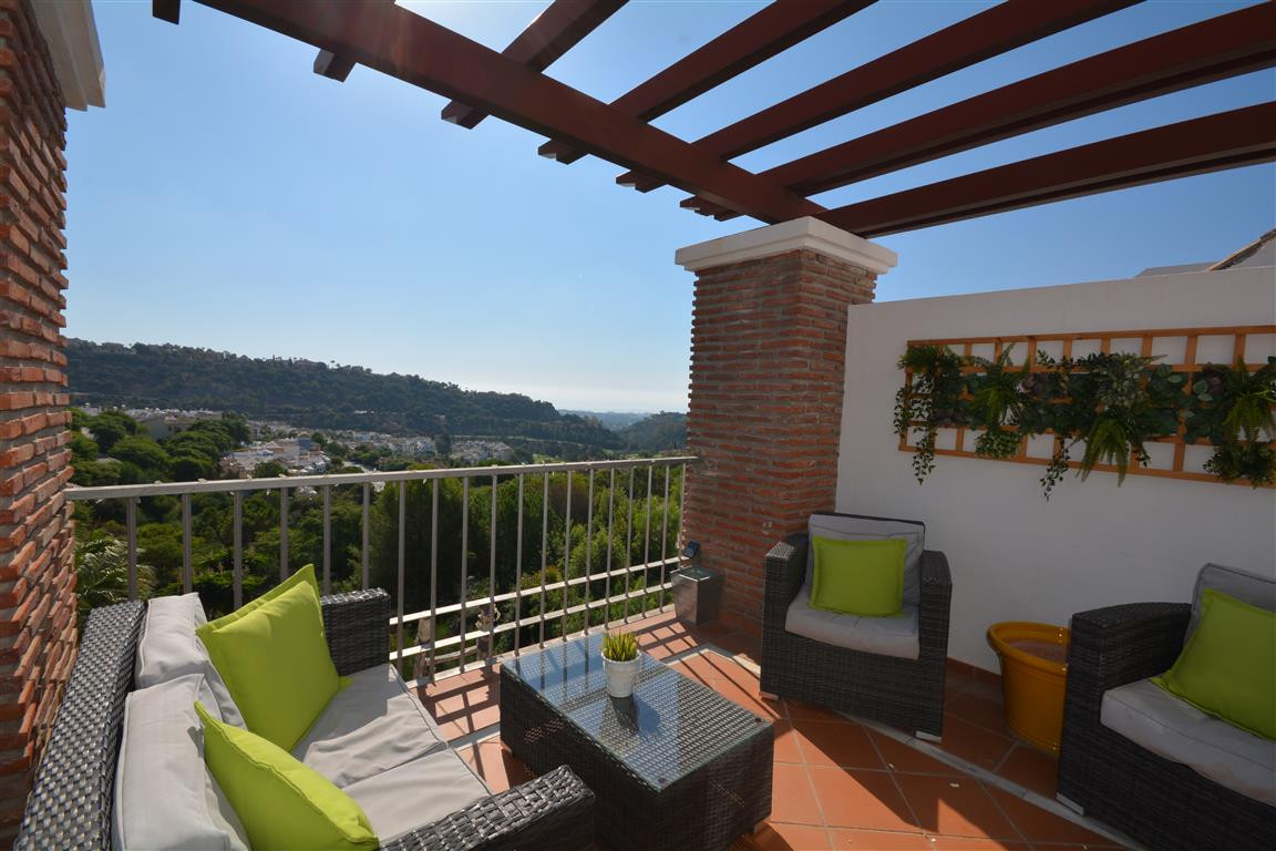 Los Arqueros Golf: 3 bedroom 2 bathroom penthouse with the gated community of Los Naranjos. Good siz, Spain