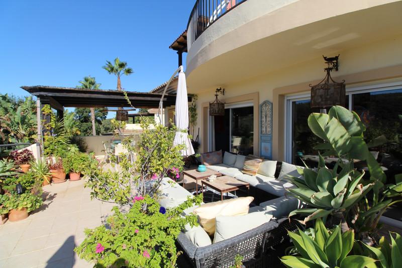 Marbella Banus Apartamento Planta Media a la venta, San Roque Club – R3514711