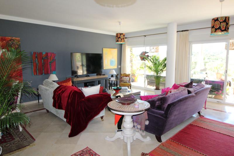 Apartamento Planta Media a la venta, San Roque Club – R3514711