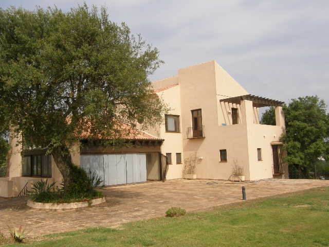 San Roque Golf: Frontline Golf villa, recently constructed overlooking the New Course and to the sea,Spain