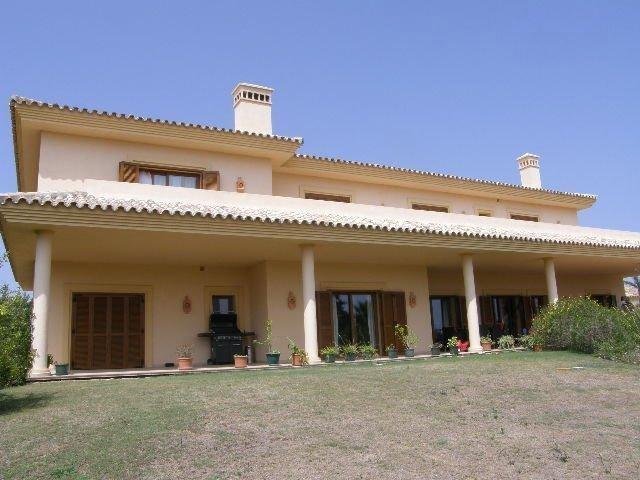 Marbella Banus Villa - Chalet for sale, San Roque - R3009014