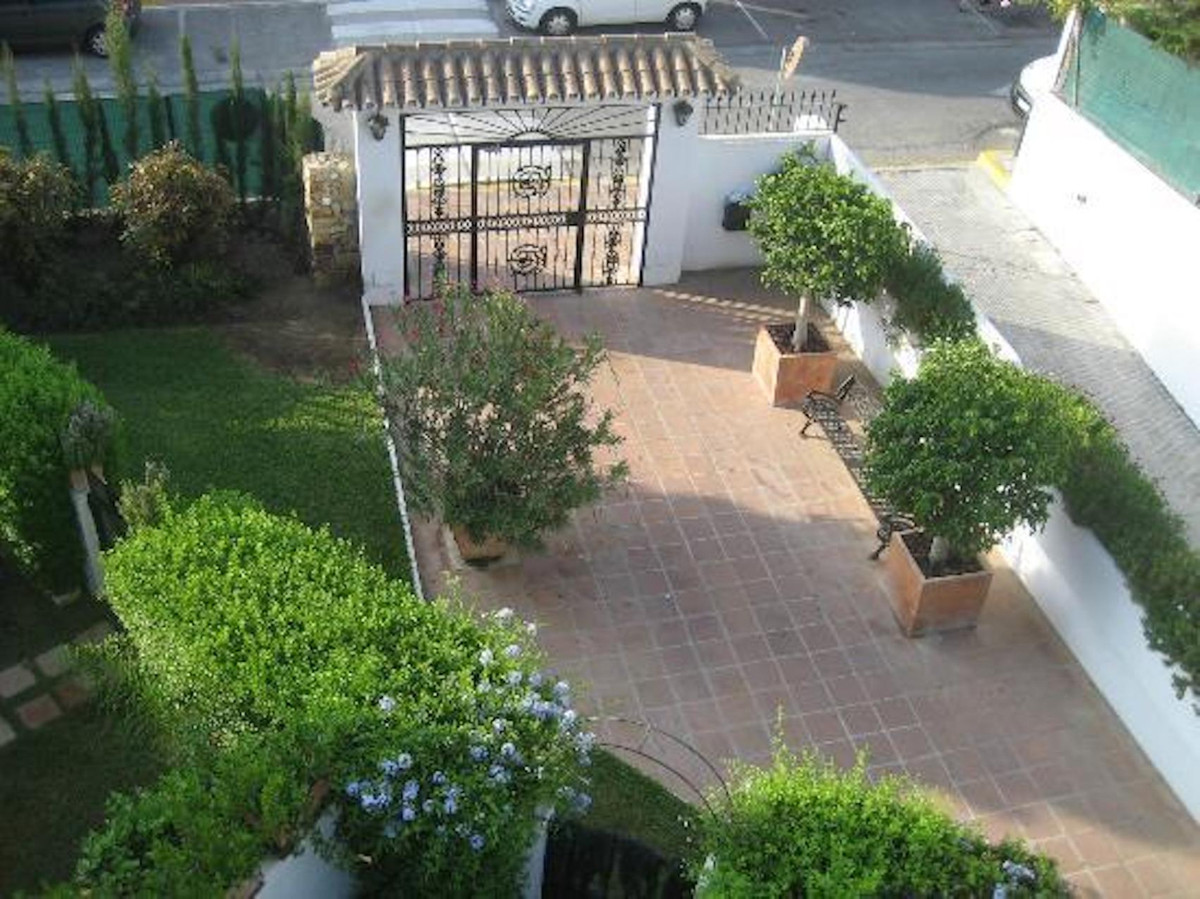 Apartamento en Venta en New Golden Mile – R3772978