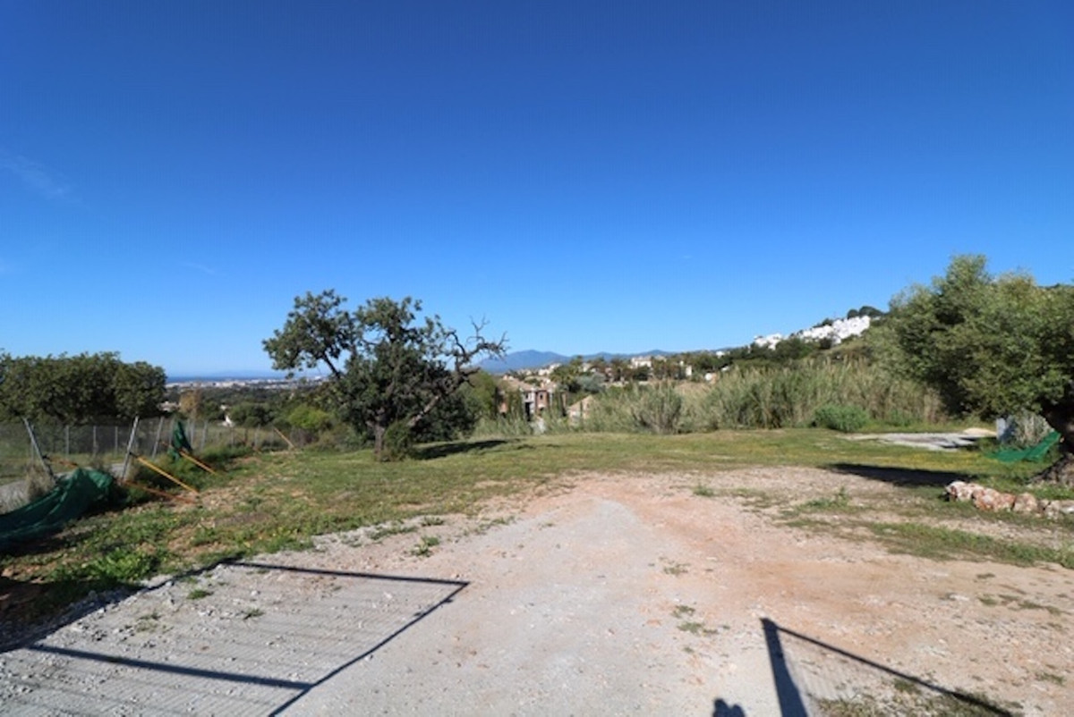 MAGNIFICENT PLOT IN SIERRA BLANCA OF 5,800 M2 TOTALLY FLAT AND WITH MAGNIFICENT VIEWS TO THE SEA AND, Spain