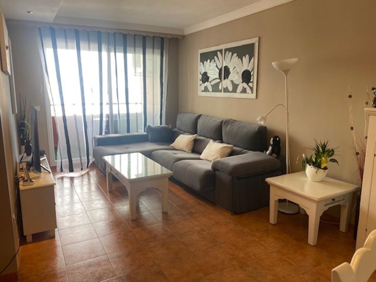 Marbella Banus Apartamento en Venta en San Pedro de Alcántara – R3881080