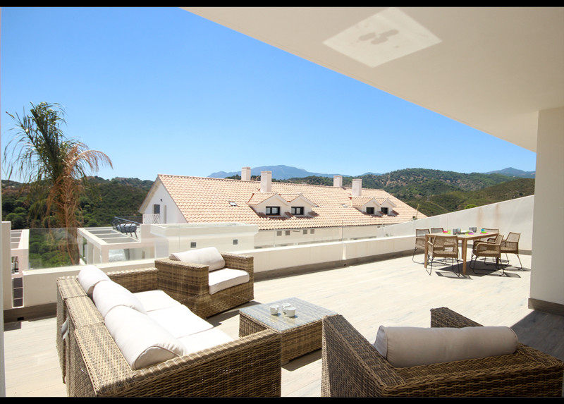 Ground Floor unit in Ocean Hills, New Construction finished in 2017.  Key Ready Apartment in New Gol,Spain