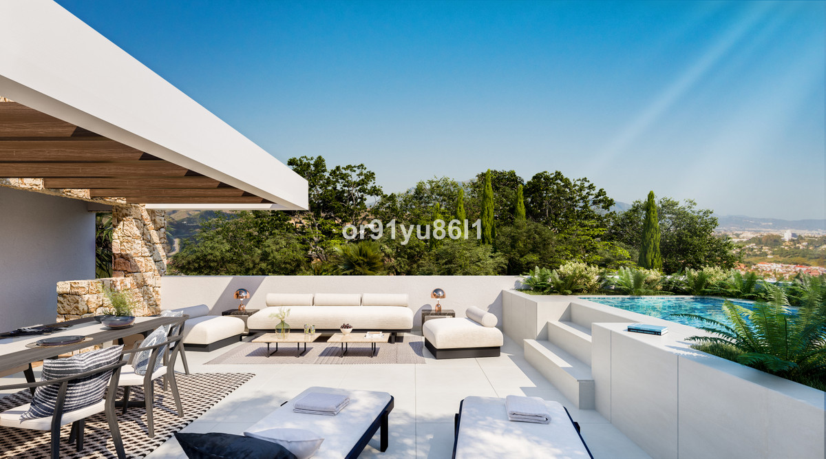 House in Marbella R3746302 10