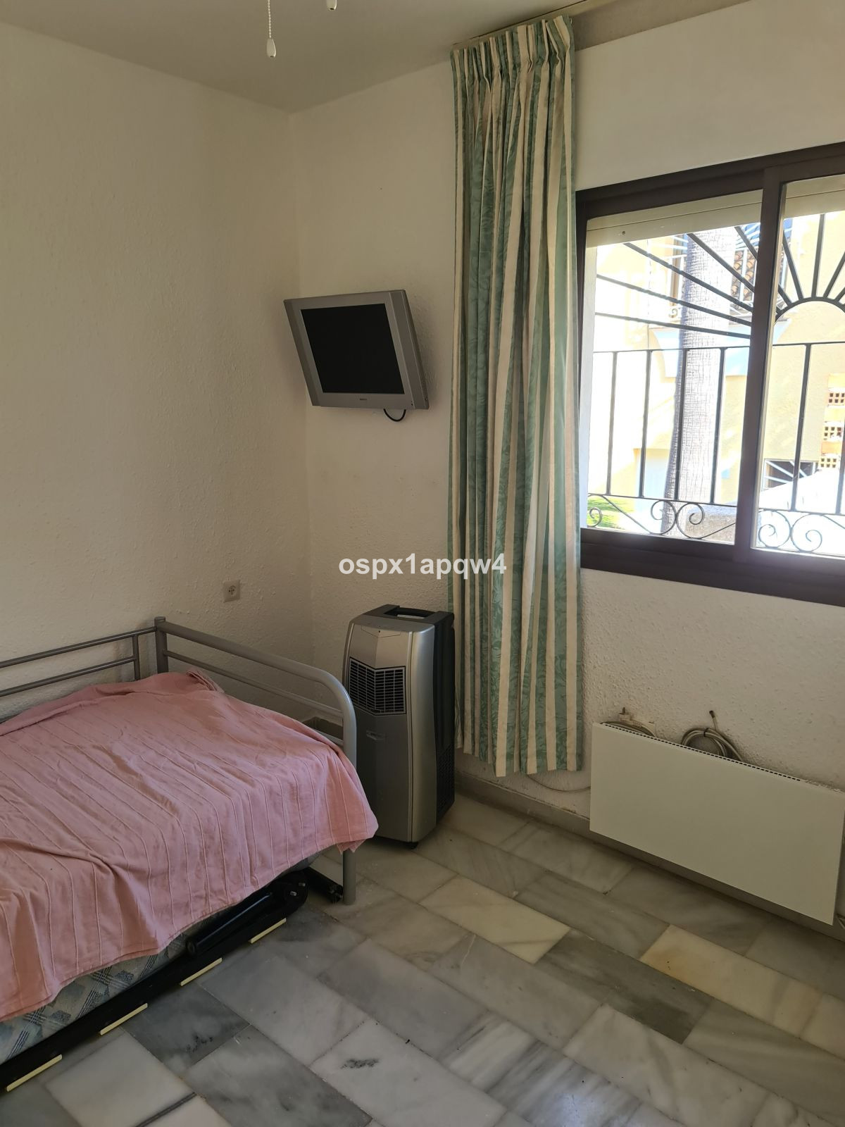 Unifamiliar con 5 Dormitorios en Venta Benalmadena