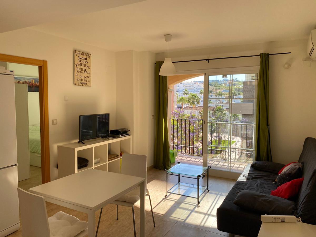 Middle Floor Apartment, Estepona, Costa del Sol. 1 Bedroom, 1 Bathroom, Built 50 m², Terrace 4 m². S,Spain