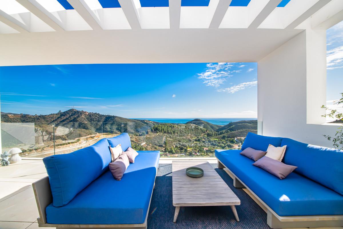 Marbella Banus Apartamento Planta Media en Venta en Marbella – R3633146