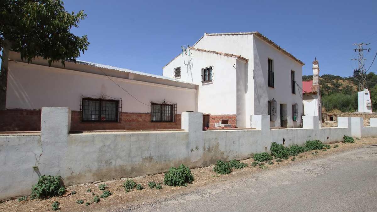 In the outskirts of Ronda just a few minutes away is this historic property, two storey villa and a ,Spain