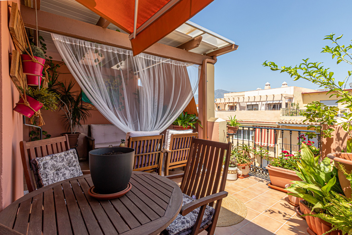 Penthouse located in Las Laguna, close to all services, supermarket, sports center, health center, s,Spain