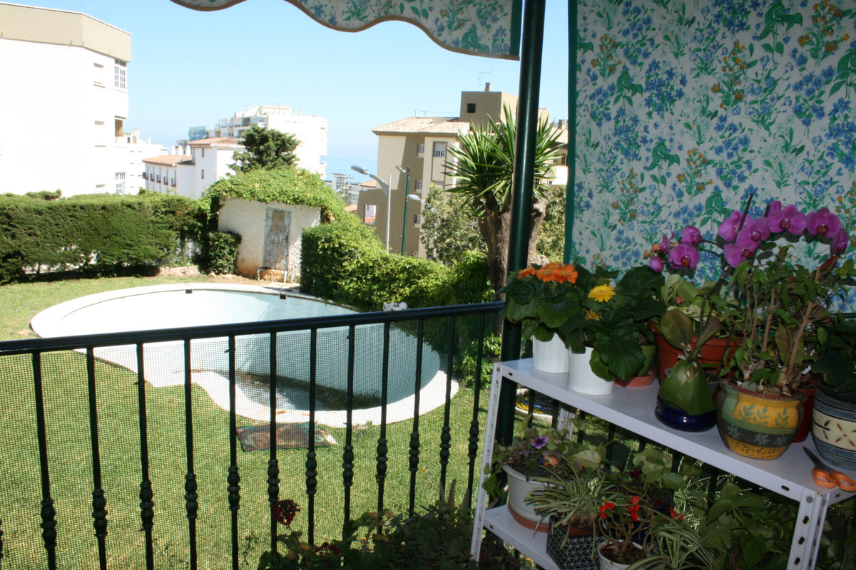Spacious apartment located in Carihuela 600 meters from the beach, close to shops, restaurants and p,Spain
