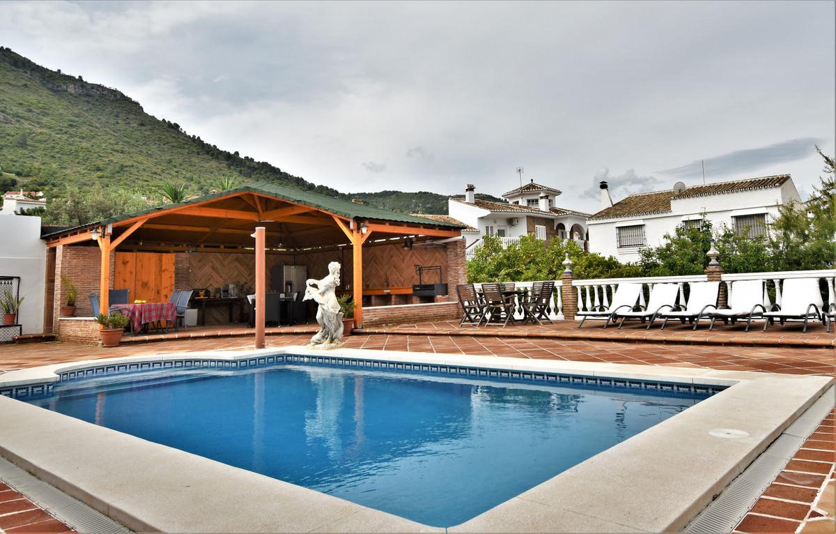 House in Alhaurín de la Torre R3856273 1
