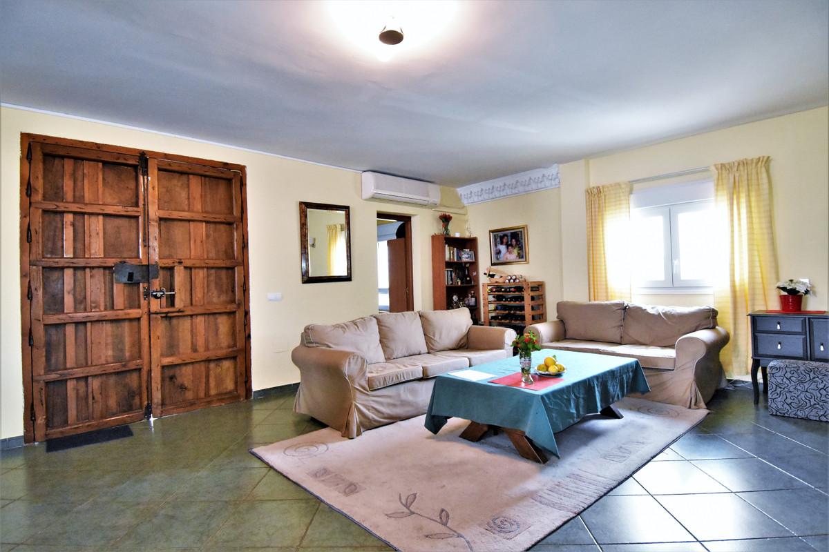 House in Alhaurín de la Torre R3856273 17